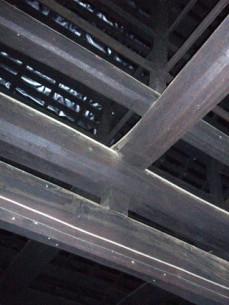 庫裡の天井 梁の様子